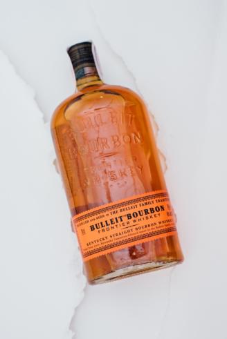 Bulleit Bourbon в мішку- Буллейт бурбон - winewine магазин склад